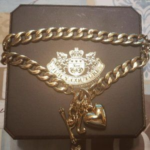 Juicy Couture Heavy Gold Heart Link Neclace